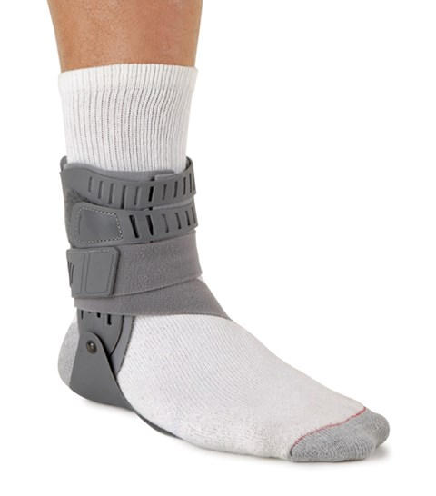 ankle taping more effective than bracing There is also debate in the literature about the effectiveness of ankle taping with   signal rising more than 2 standard deviations above the mean baseline level   moments of force than tape or braces can resist alone at 15° of inversion [1.
