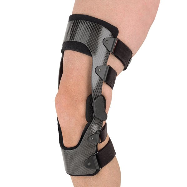 03504d1128 C180 ™ Rocket. HC000242. With a condensed size and Accutrac™ hinges that  are modified to more accurately track young knees ...
